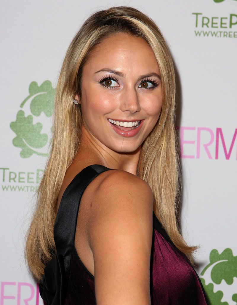 How Is Stacy Keibler Spending Valentineu0027s Day ?