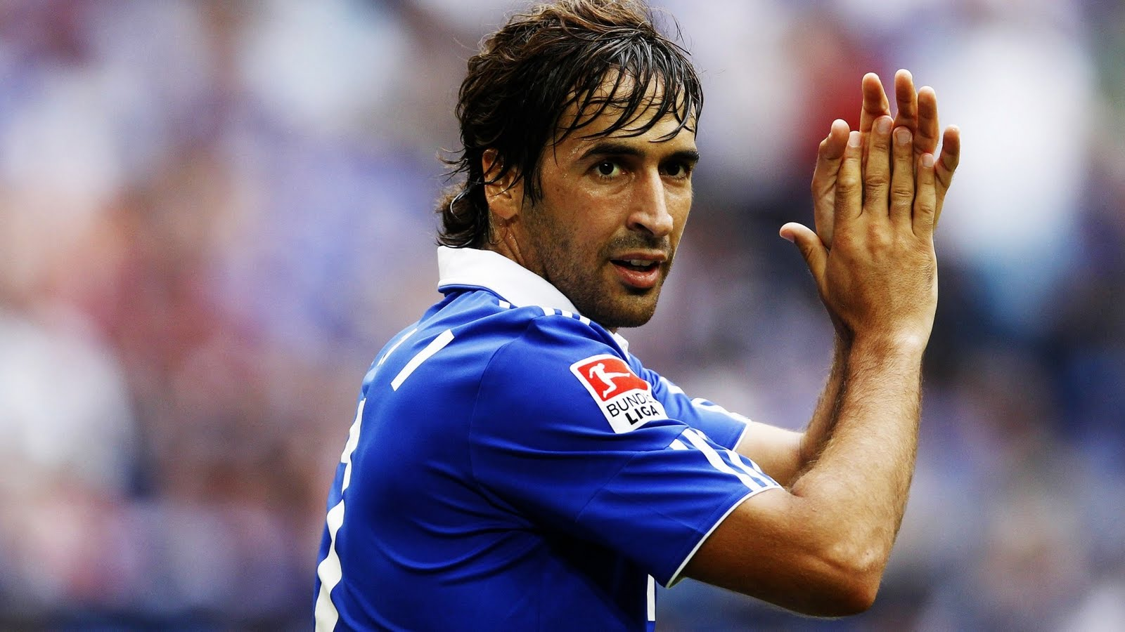 FC Schalke Made a Formal Offer to Renew The Contract of Raul