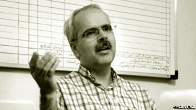 Iranian Journalist , Ehsan Hooshmand , Expriences The Worst Conditions in Prison