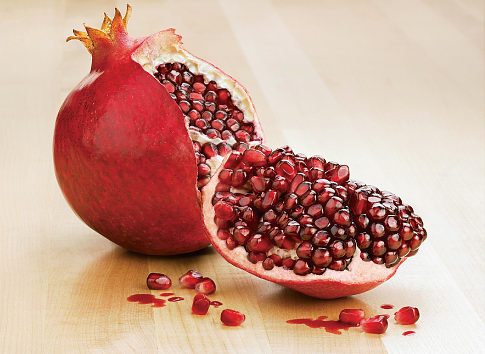 Reasons of Decreasing in Iran's Pomegranate Exports