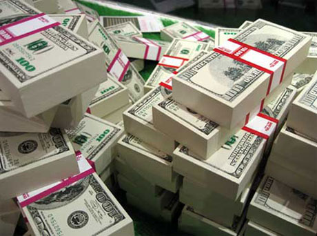 Nadimi Confirms the Existence of Counterfeit Dollar Bills in Free Market