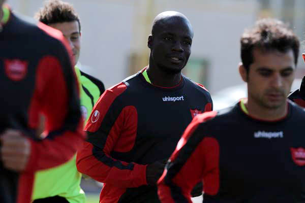 Stephen Appiah is Happy with his Presence in Iran