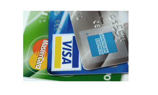 Maintain A Good Credit Score In A Stagnant Economy