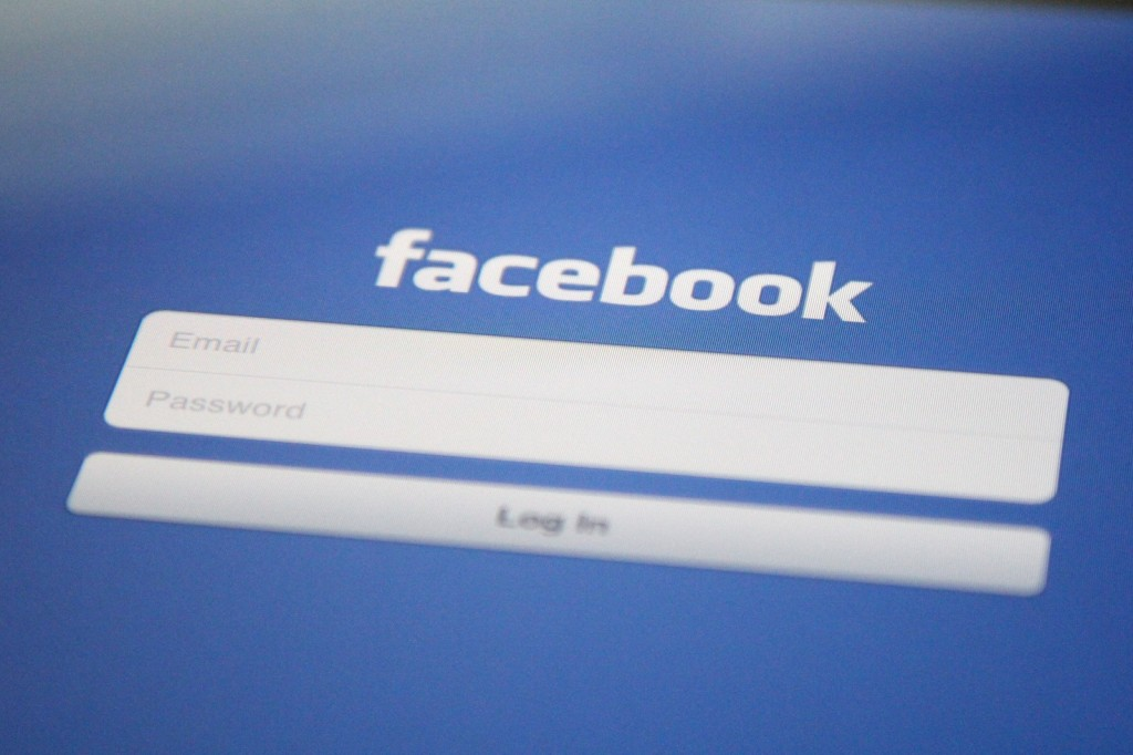 Facebook Publishes Behavioral Study With Users As Subjects