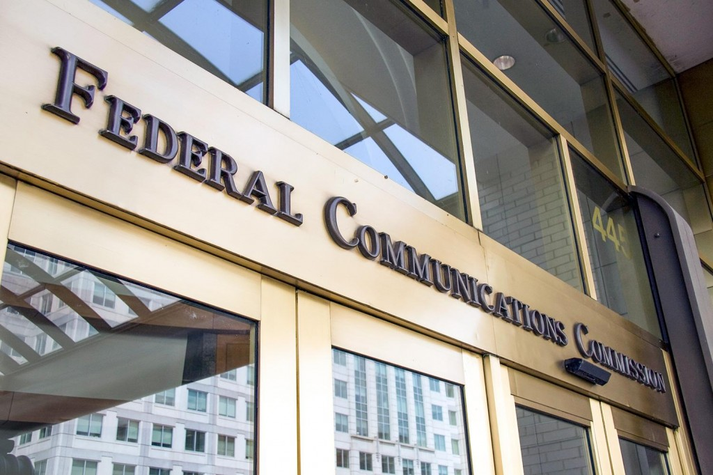 AT&T Urges The FCC To Wave It Through Regulations On Wi-Fi Calling