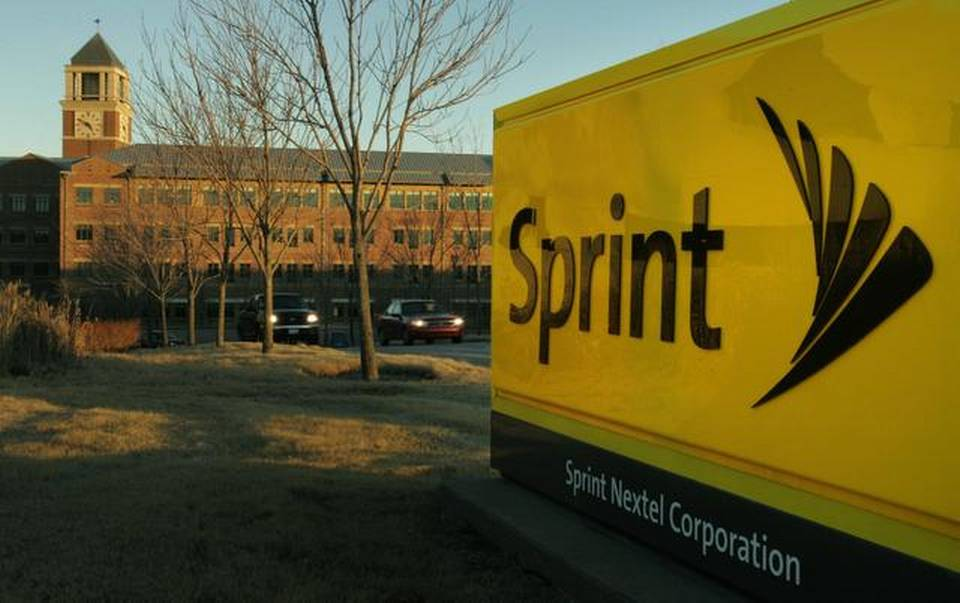 Sprint To Pick Up Retail Space In 1,750 RadioShack Stores