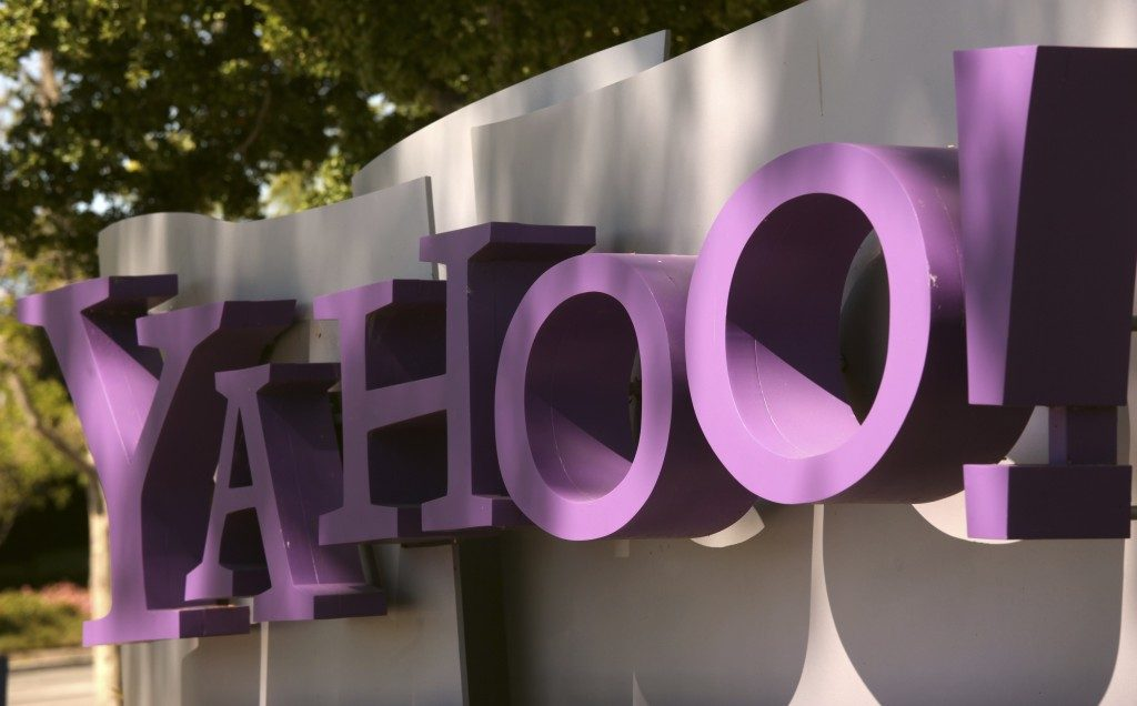 Senators ask Yahoo CEO for details of hack investigation