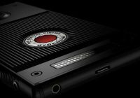 RED's Hydrogen One Will Be Available via AT&T and Verizon in August